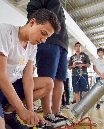 Atividade do 9º ano – Lançamento de foguetes